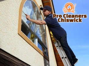 Window Cleaner Chiswick