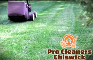 lawn-mowing-services-chiswick